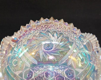 L. E. Smith Carnival Glass Comet in the Stars White Iridescent Bowl
