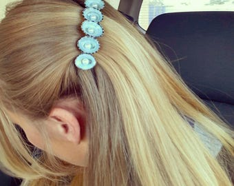 Blue Limpet Hair Shell Barrett-Mermaid Accessories, Beach Jewelry, Beach Hair, Beach Shells