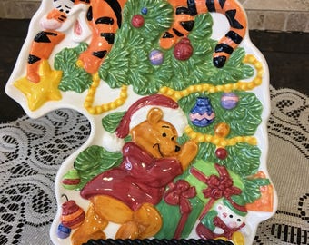 Disney's Winnie the Pooh and Tigger Christmas dish