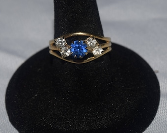 Gold Ring with Sapphire Blue Gemstone