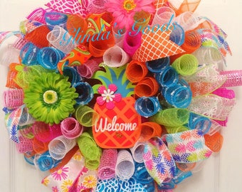SALE! READY to SHIP! Pineapple Wreath, Pineapple decor, Summer Wreath, Beach Wreath, Paradise Wreath, Pineapple Mesh Wreath, Welcome Wreath