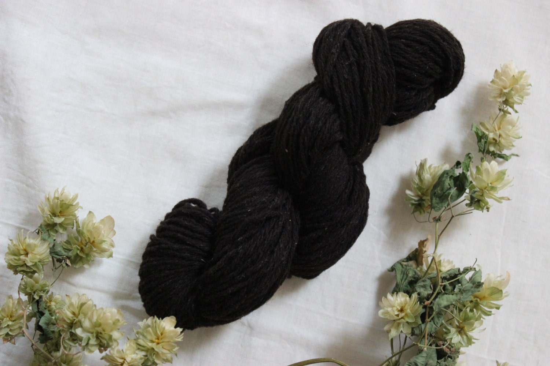 fil de laine type dk pure laine de noire du velay. Black Bedroom Furniture Sets. Home Design Ideas