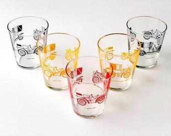 Vintage tumbler glazen, auto print bekers, vintage glaswerk, retro auto drinkglazen, antieke auto afdrukken, retro glazen bekers