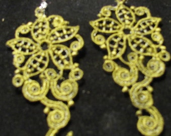 Kathy Embroidered earrings
