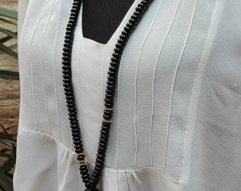 Natural black pearls NECKLACE and leather NECKLACE Black Natural leather and pearls