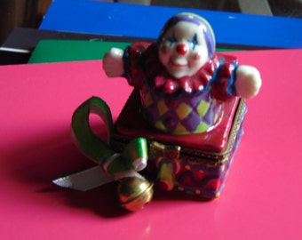 Mardi Gras trinket Jester Laissez Les bon temps roulet with jingle bell trinket