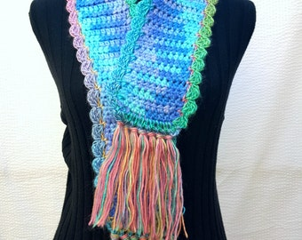 Scarf blue green crochet