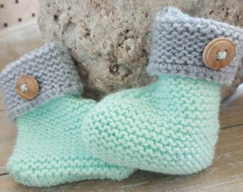Baby booties - newborn - warm - knitted