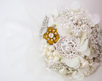 Bouquet pin - Brooch Bouquet
