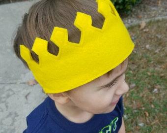 Child's felt crown