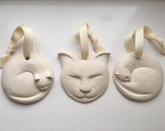 Ceramic cat decorations (set of 3)