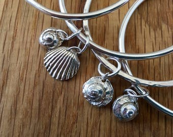 Thick sterling silver bangle with seashell charm, chunky silver bangle, seashell charm, stacking bangle, seashell bangle, seashell jewellery