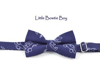 Navy Bow tie with cars, airplanes cotton bowtie for boys, adjustable pretied kids bowtie, transport bow tie