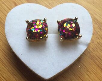 Glitter stud earrings rainbow