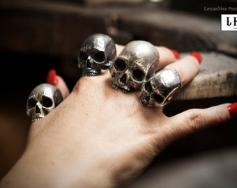 OOAK skull LHR ring 925 sterling silver.  Hand made. Realistic. death's head. Biker ring.