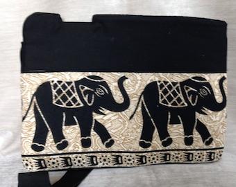 Laptop sleeve - elephants