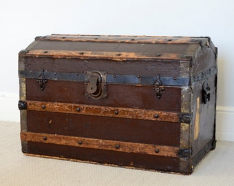 Vintage Steamer Trunk, Antique Trunk, Collection from our Showroom