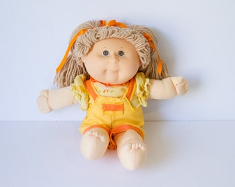 1984 Original Cabbage Patch Doll - Vintage  (Hasbro)