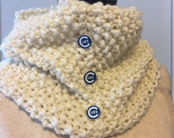 Chicago Cubs Knitted Cowl, Chicago Cubs scarf, Chicago Cubs Neck Warmer, Womans Chicago Cubs Cowl