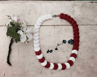 Vintage Bohemian Americana Necklace // Red & White Beaded Necklace