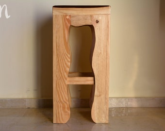 Rustic wooden stool - Beccles with straight seat