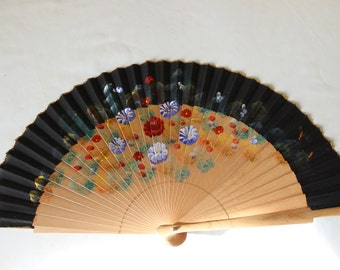 Fan, wooden lovely, French vintage hand painted, eventail ancien