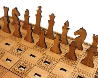 Travel Chess Set - Cherry & Bamboo Veneer