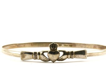 Vintage Claddagh Heart in Hands Bangle Bracelet 928 Sterling BR 1348