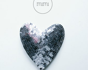 HEARTINABOX brooch .11