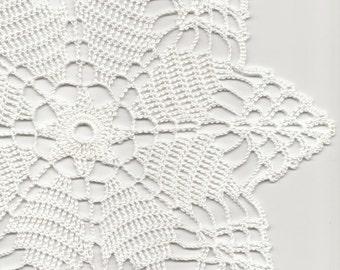 Crochet Doily Lace doilies Table decoration Crocheted Doilies Centrepiece Hand Made Wedding Doily Napkin Boho Bohemian Decor Round White