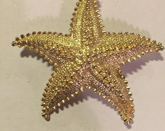 Gold Tone Starfish Brooch