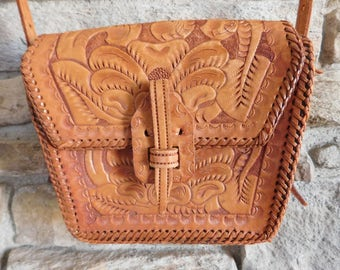 Vintage LEATHER PURSE/HANDBAG Tooled Leather in Very Good Condition
