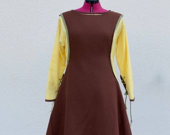 Medieval 13th century dress: chainmail and yellow/brown cotton Surcoat