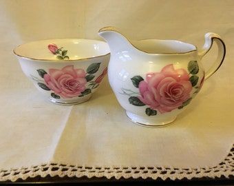 Vintage Pink Roses - Royal Vale- Pattern RVA23 - Gold scalloped edge - Creamer and Open Sugar Bowl c.1960