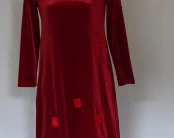 Lovely cute vintage 1990's red crushed velvet / valour dress with 3 maple leaf motifs across dress - indie/skater dress
