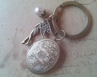 Medallion Key Ring ~ Elf ~