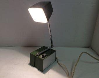 Vintage Hamilton Industries Desk Lamp EC