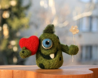 Frankie - Green Wool Monster, Needle felted Monster, Valentine's Day gift idea, Soft sculpture, Gift for Him, Gift for Her