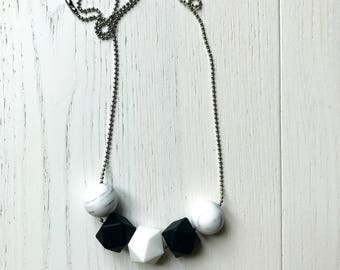 HELKE Necklace in monochrome marble| Teething necklace | Baby gift |