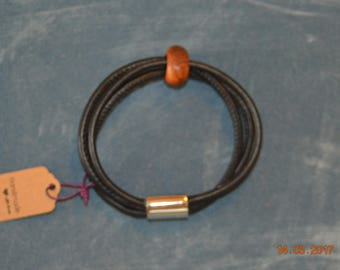 Genuine Leather bracelet for woman