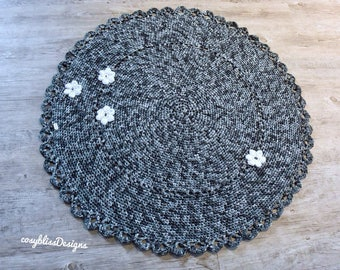 Crochet rug, round
