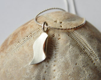 Dainty sterling silver sea kelp pendant, with a 16 inch chain