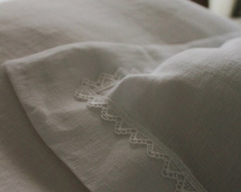 White linen sham with lace in all sides-White linen pillow cover-11 colors-Envelope pillow cover-linen sham #Mirror#
