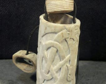 box in deer Antler. Single piece.