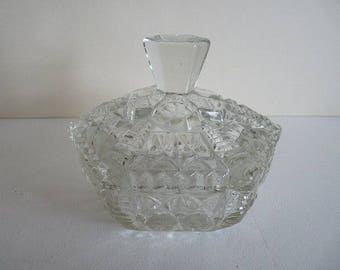 Six sided cut glass powder dish