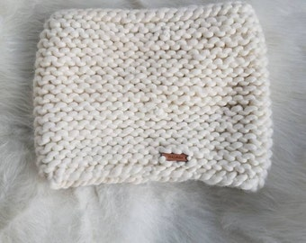 Pearl Cowl