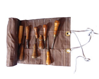 Sheath for chisels and other tools made to measure