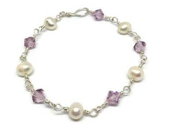 Pearl and Light Amethyst Swarovski Crystal Bracelet, Lilac bracelet, Pearl bracelet, Silver and Pearl, Wedding, Bridesmaid, Gift for Her