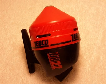 Rare RED Vintage Closed Face ZEBCO ZX22 Fishing Reel Never Fished Excellent Shape