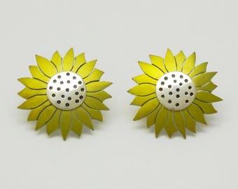 Anodized titanium, silver sun flower ear studs.